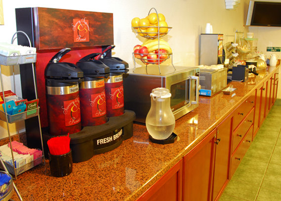 Comfort Suites Columbia River - Astoria, OR