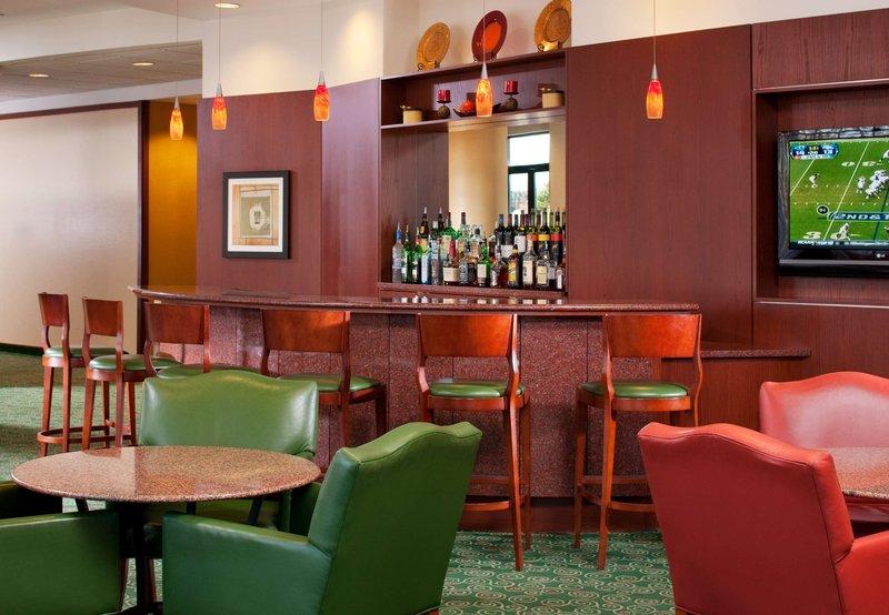 Courtyard by Marriott Gaithersburg Washingtonian Center Ресторанно-буфетное обслуживание