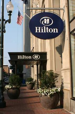 Hilton New Orleans/St. Charles Ave. French Quarter Area Ulkonäkymä