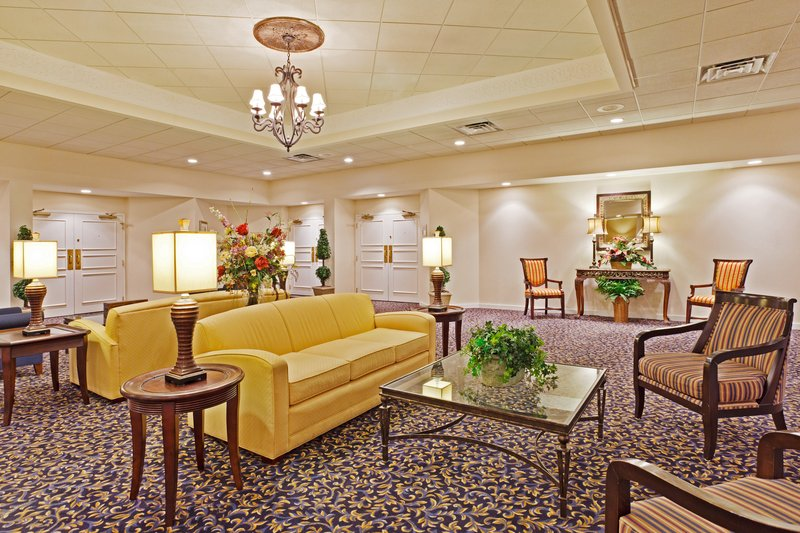 Holiday Inn Express WILKESBORO - Wilkesboro, NC