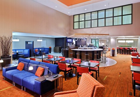 Courtyard By Marriott Athens Hotel - The Bistro