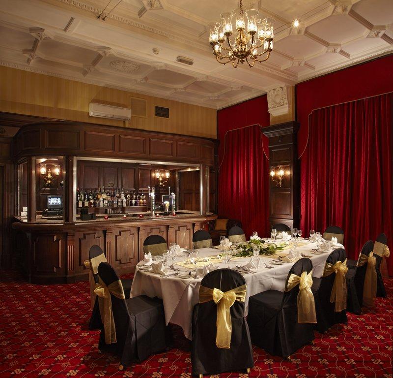 County Hotel by Thistle, Newcastle Ресторанно-буфетное обслуживание
