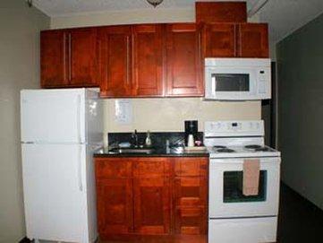 Astoria Rivershore Motel - Kitchen