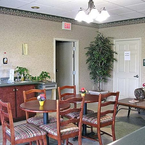 Deerfield Inn & Suites - Portland, TN