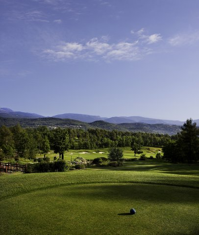 Terre Blanche Hotel Spa Golf - Le Riou 18th Hole