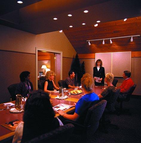 Arrowwood Resort - Meeting Room