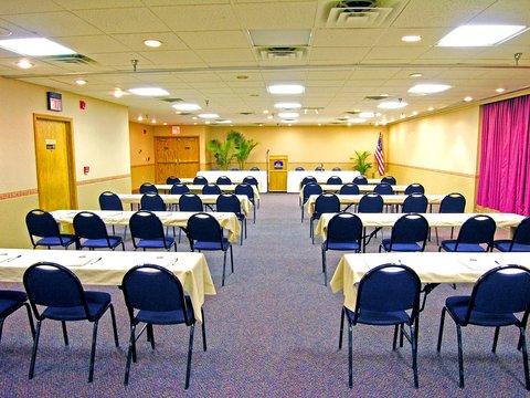 Alpine Lodge Magnuson Hotel - Conference  Room