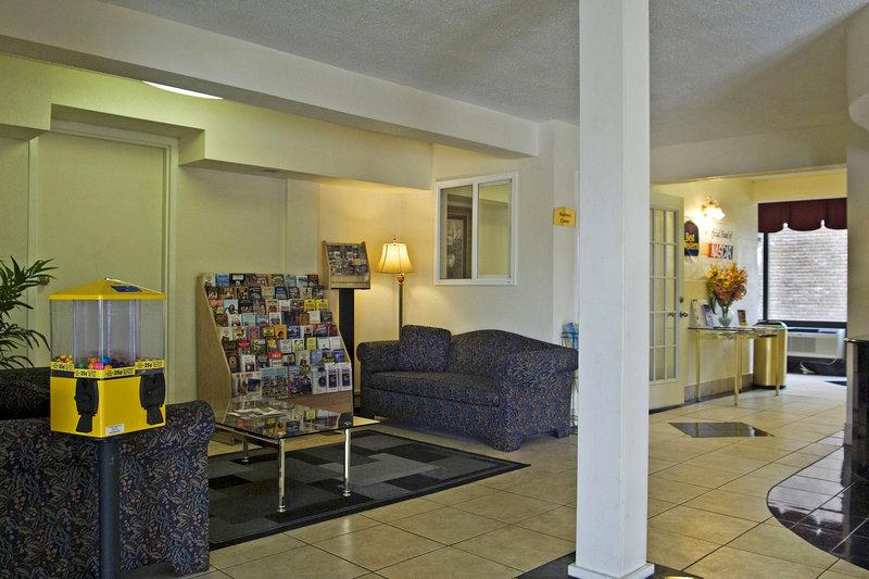 Motel 6 - Nashville, TN