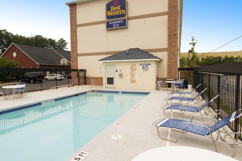 Garden Inn Union City - Union City, GA