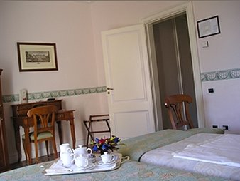 The Andrews Hotel - Room