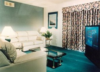 Christy Estates Suites - Corpus Christi, TX