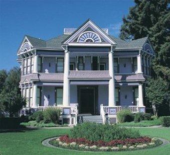 Blue Violet Mansion - Exterior