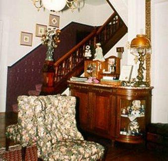 Blue Violet Mansion - Interior