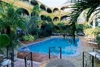Tropi Rock Resort - Fort Lauderdale, FL
