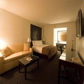 Hotel Menage - Anaheim, CA