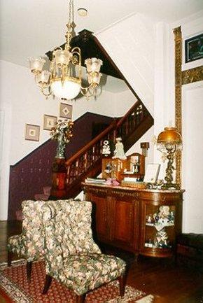 Blue Violet Mansion - The Lobby