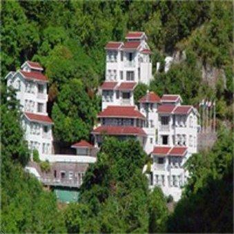Hampshire Hotel - Queen's Gardens Resort