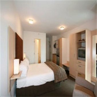 iStay on Cashel - Guest Room