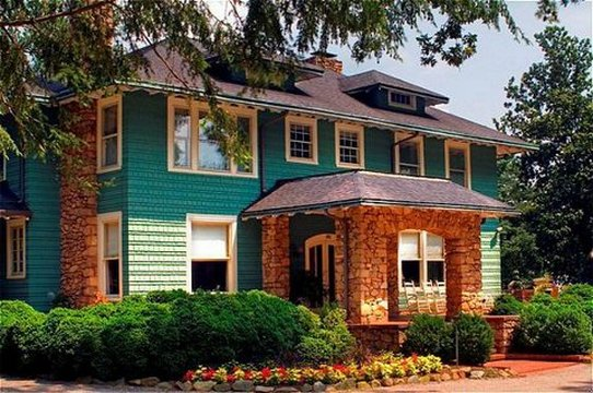 VanLandingham Estate - Charlotte, NC