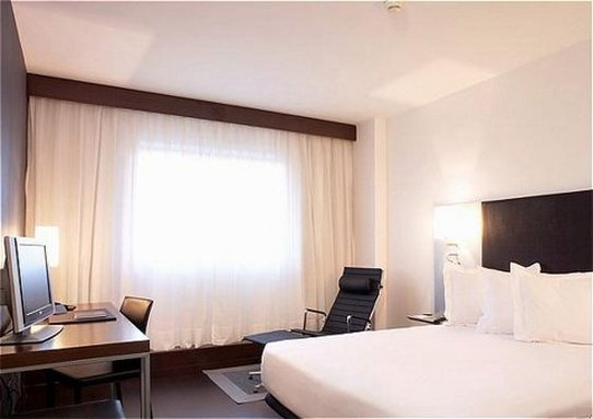 AC Hotel Porto by Marriott 客室