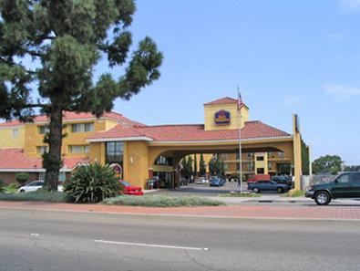 Stanton Inn & Suites - Stanton, CA