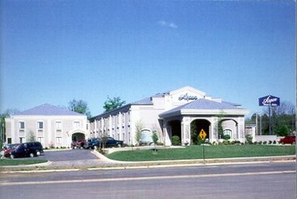 Aspen Hotel & Suites - Fort Smith, AR