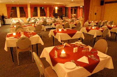 Ace Motor Inn - Dining Area