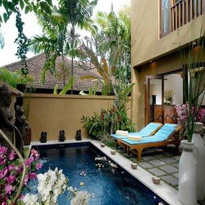 Diwangkara Holiday Villa Beach Resort & Spa - Antara Villa Private Pool