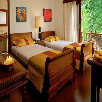 Diwangkara Holiday Villa Beach Resort & Spa - Antara Villa Twin Room
