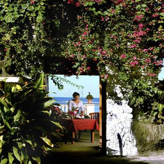 Diwangkara Holiday Villa Beach Resort & Spa - Beach Side Restaurant