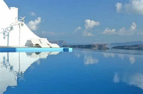 Astarte Suites - Pool view