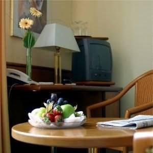 Hotel Kurfuerstendamm am Adenauerplatz - Guest Room