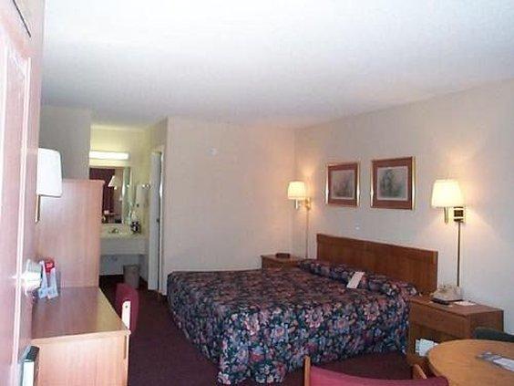 Guesthouse Inn-Lake Park - Lake Park, GA