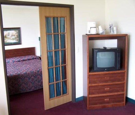 Billmar Inn & Suites - Dell Rapids, SD