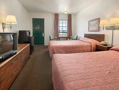 Day's Inn - Sherman, TX