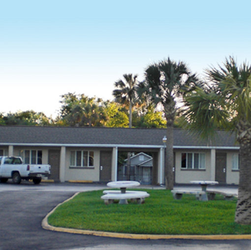 Budget Inn of Daytona Beach - Daytona Beach, FL