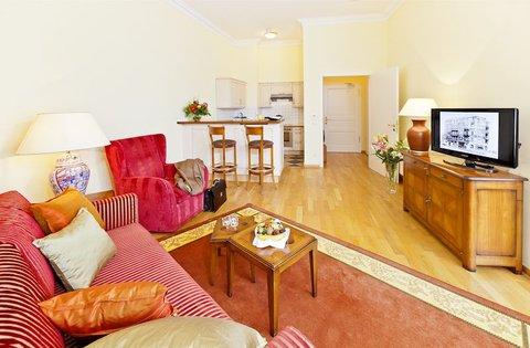 Louisa's Place - Junior Suite