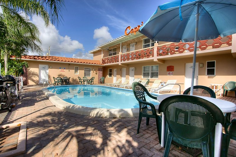 Hollywood Beach Suites Hostel Hotel Hollywood Fl