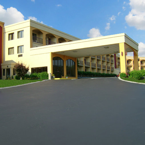 Smokeys Inn & Suites - Kodak, TN