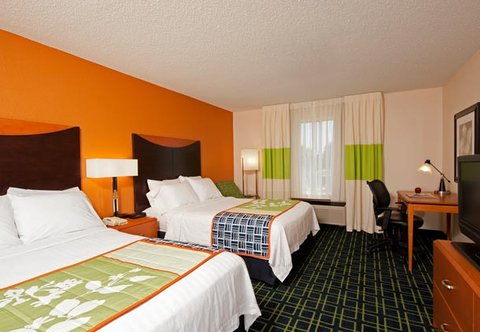 Fairfield Inn by Marriott Naperville - Double Double Guest Room