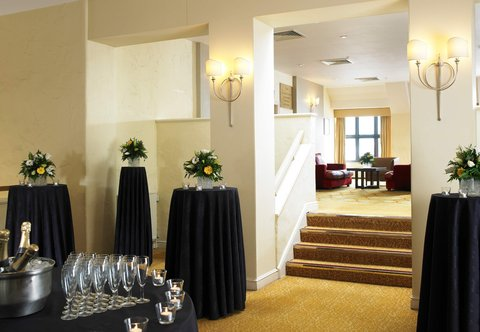 Forest of Arden - A Marriott  and Country Club - Upper Conference Foyer - Drinks Reception