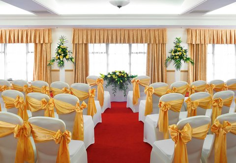 Forest of Arden - A Marriott  and Country Club - Aylesford Suite - Civil Ceremony