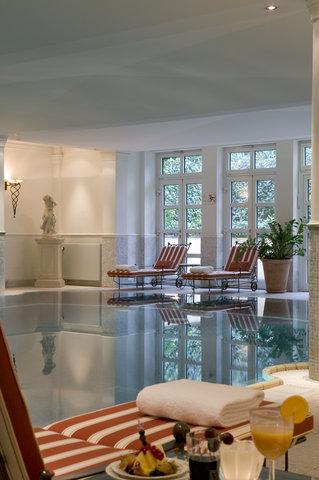 Schlosshotel im Grunewald - Pool