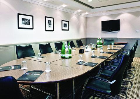 Millennium & Copthorne Hotels At Chelsea Football Club - Di Matteo 2