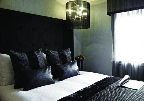 Millennium & Copthorne Hotels At Chelsea Football Club - Executive Suite