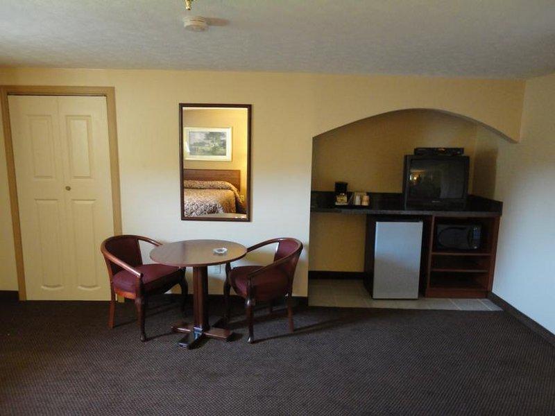 Budget Inn - Lockbourne, OH