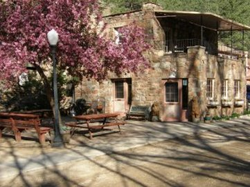 Boulder Mountain Lodge
