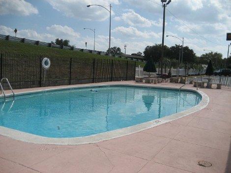Augusta Budget Inn - Pool