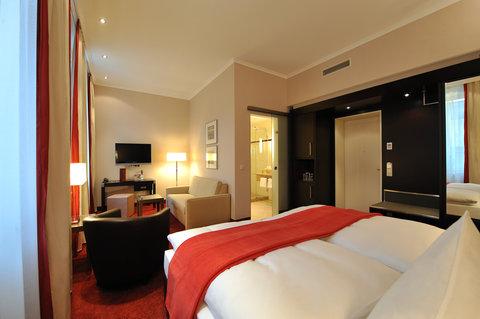 Kastens Hotel Luisenhof - Superior Room at Kastens Hotel Luisenhof Hanover