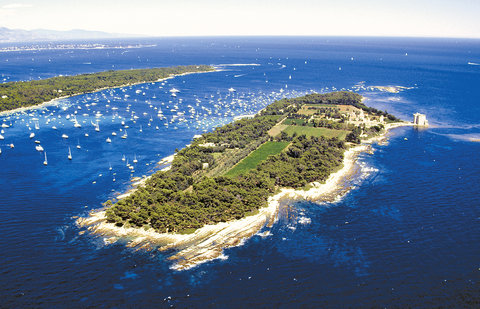 Hotel Majestic Barriere - Saint Honorat Island